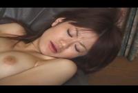 人妻NTR録画テープ秘蔵映像流出 夫と同じ職場で働く人妻が隣の同僚に寝取られる姿を一部始終録画されたどスケベ映像