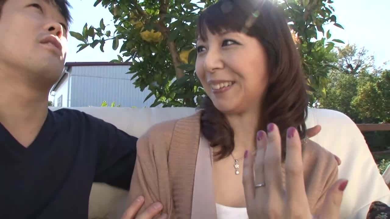 【FC2】美人な奥様美女人妻のベロチュー無料エロ動画!【奥様、美女、人...