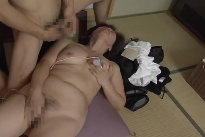 【FC2】ノーブラで五十路熟女素人おばさんの昇天マッサージオナニー調教...
